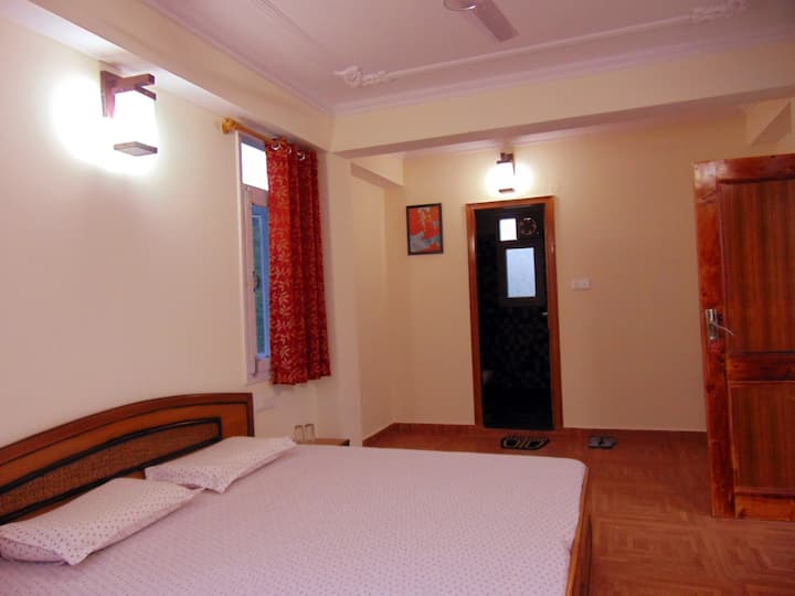 Aamantran Stays- Valley view rooms 2