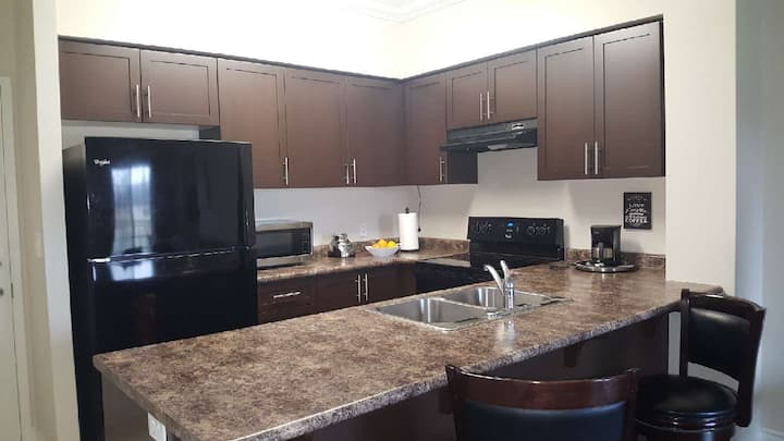 Confortable 1 bedroom + den apartment in Guelph