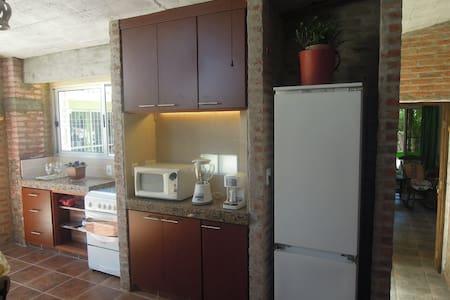 Milenico (Casa 9 cuadras de playa) Atlantida V.Arg - Villa Argentina - Lejlighed