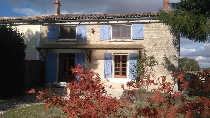 Maison indépendante avec jardin - Pers - Dom