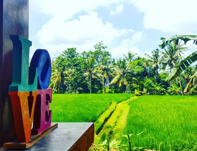 Kepik House! Private terrace with rice-fields view