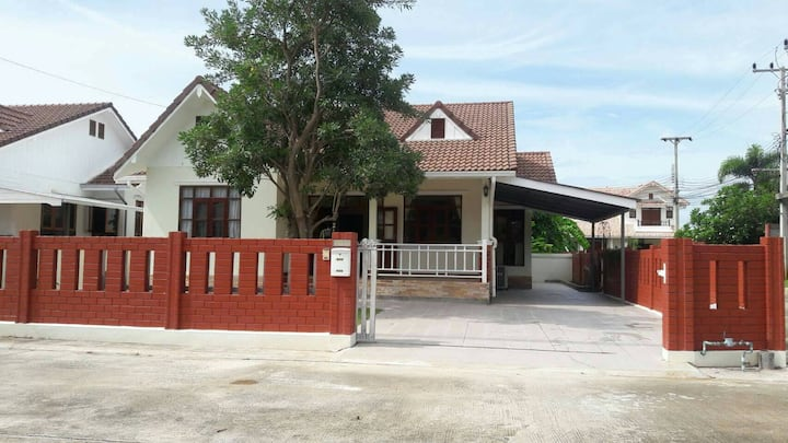 3 Bedroom Villa for Rent in Khao Kalok Pranburi