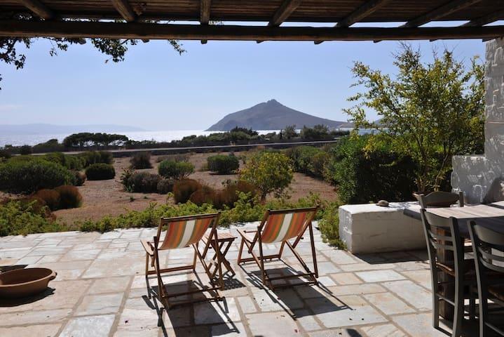 Villa FantaSea - elegant, laid-back and by the sea
