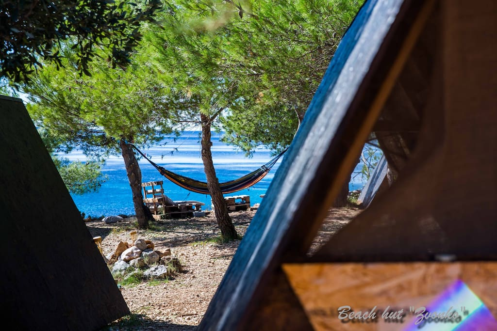 Beach Hut Zvonko - Garden view