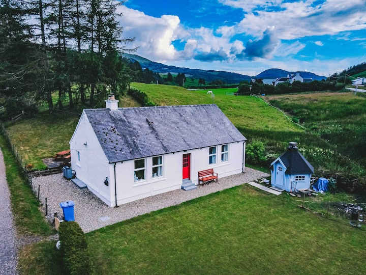 Lagnaha Cottage Duror, near Ballachulish & Glencoe