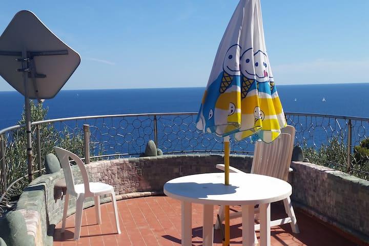 Selva, privacy with spectacular ocean view - Finale ligure - Departamento
