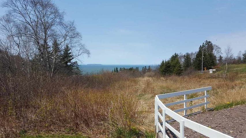 Harbourville cottage - Bay of Fundy view - Berwick - Cabane