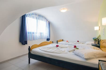 Maisonette near to the best beach - Bed & Breakfast