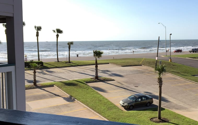 Beachfront Suite - Galveston Island