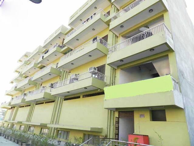 Classy One bedroom Apartment in Noida - Noida - Lakás