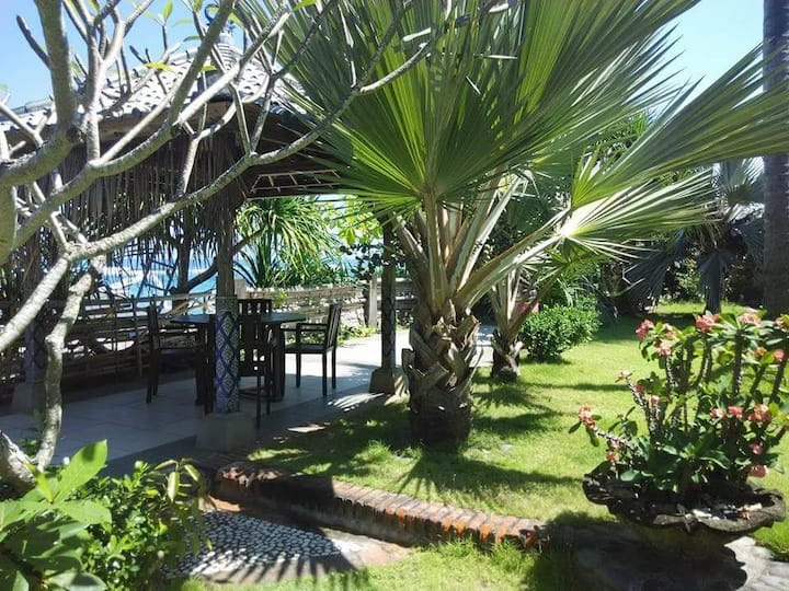 Oceanfront Bungalow in Candidasa Beach