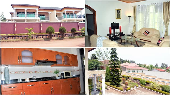 Spacious | Chic | Cozy- 15 min from Airport