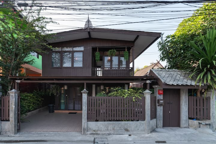Thai Style Wooden House,Pool villar, Old Town