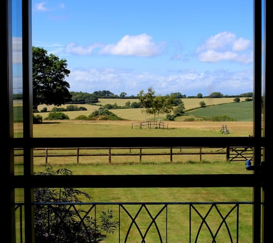 Luxury Retreat, Glebe Farm, Ashmore - Ashmore - Bed & Breakfast