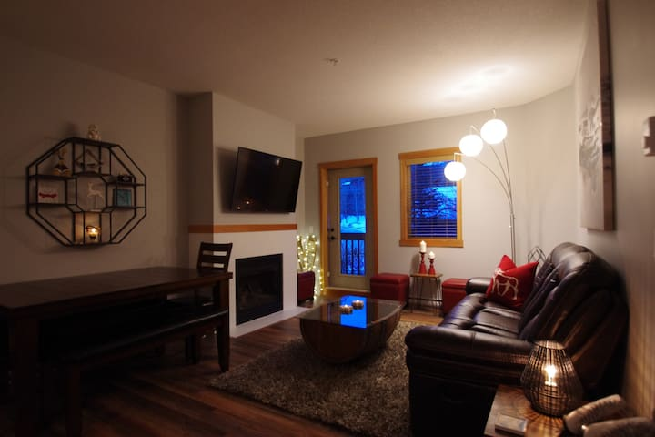 Cabin Style Condo for large groups or families