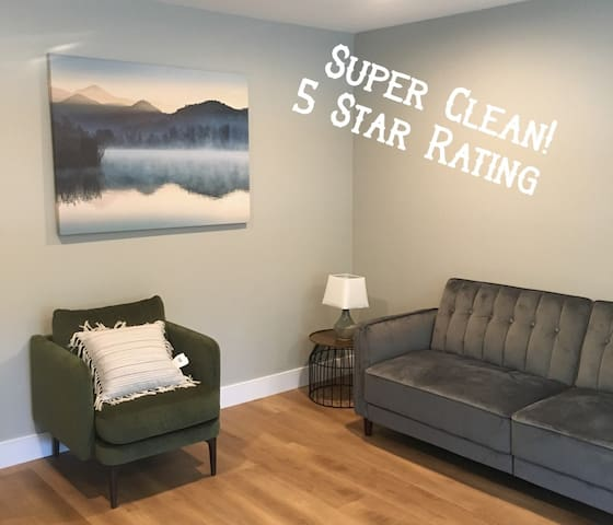 *Private, Modern, 1 Bedroom Apt in Silicon Valley*