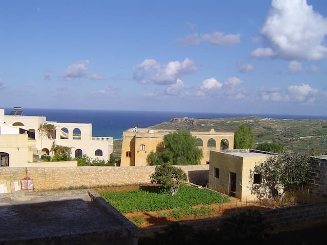 Mediterranean Beach Accommodation - Ix-Xagħra - Leilighet