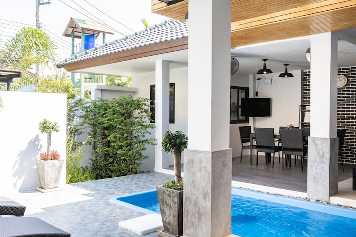 2 Bedrooms private pool villa, near Naiyang beach.