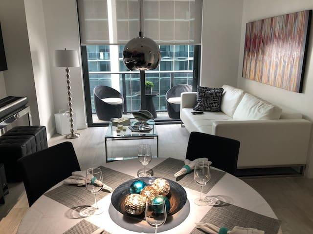 New Brickell Luxurious Apartment!!!!