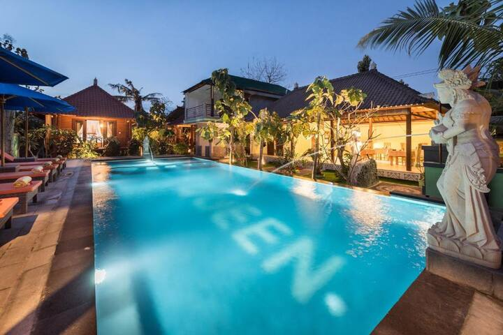 1 Bedroom Cottage with Pool close to Devils Tier