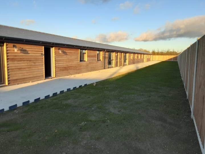 The Piglets No 2 - Barn conversion in terrace of 4