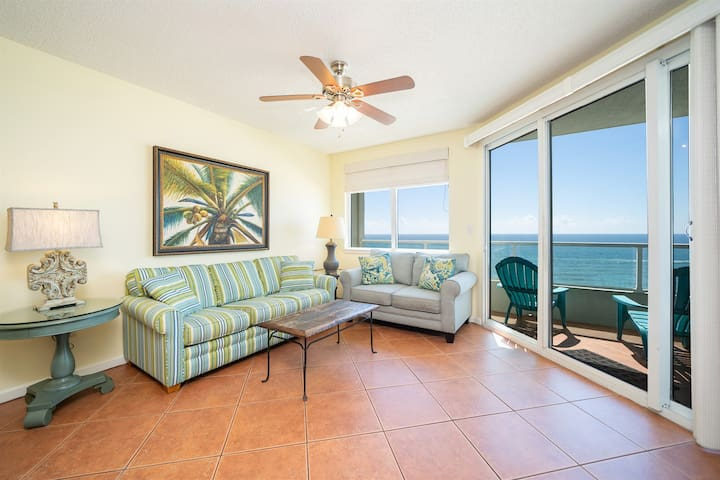 Silver Beach 804-Pet-Friendly Beach Front Condo 2bed/2bath