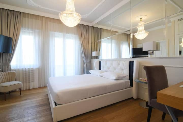 Suite Milano & Duomo Deluxe Room With Balcony