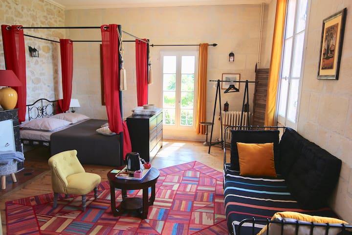 Chambre Kessel Domaine l'Amourette Saint Emilion
