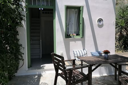 Skyros -Greece traditional house 3