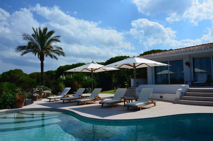 Villa Maestosa with the private beach - Capo Coda Cavallo - Villa