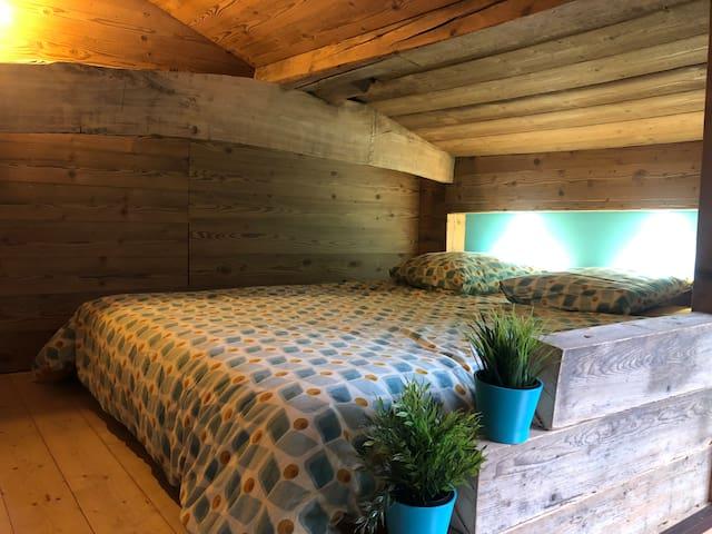 Studio indépendant dans une ferme bressane