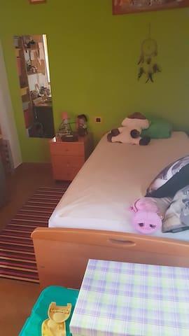 Habitación sencilla,  disponible 2 camas