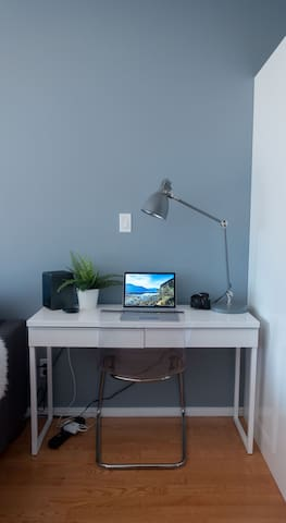 A space for you to work. The unit is equipped with 150mb/sec Wi-Fi internet for your use.