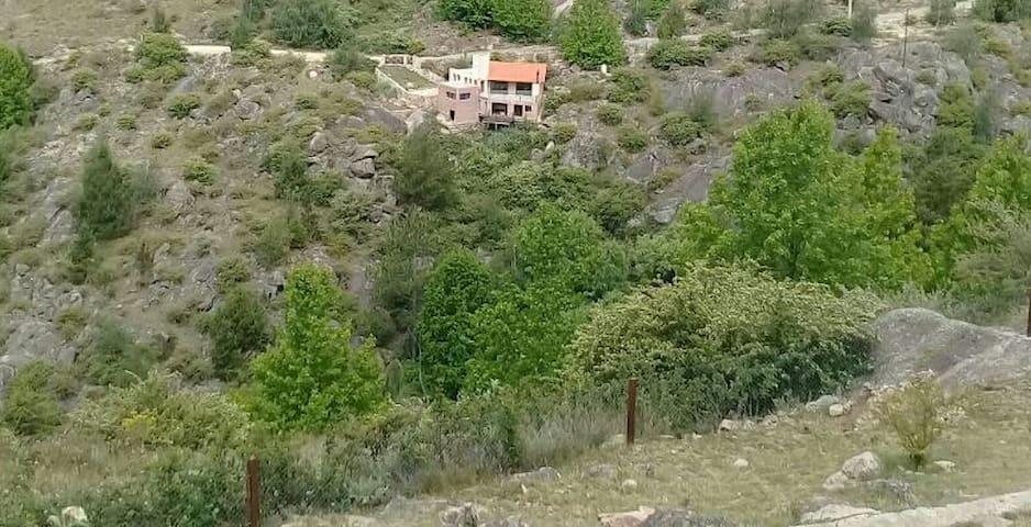 Amplia casa en Peñon del Aguila - La Cumbrecita