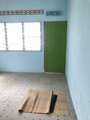 Dannis's airbnb
