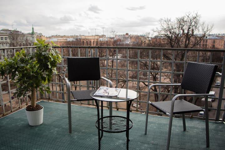 Comfort with terrace in the city center - Sankt-Peterburg - Bed & Breakfast