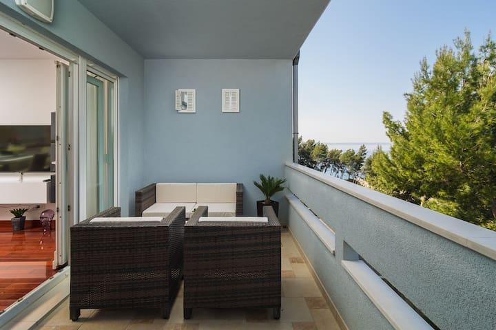 Luxury Beach Residence near Split