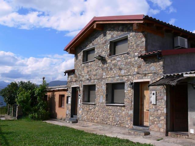 CASA EN ORTEDO, Sierra del Cadi , 14 pers. - Ortedó - Hus