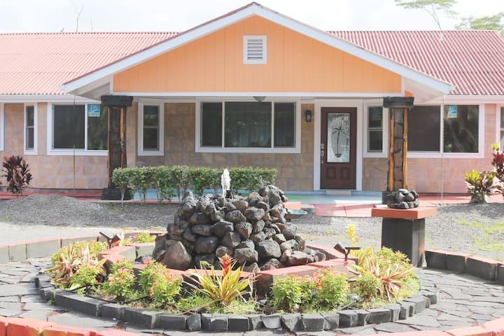 Close to ocean - 1750 sq ft Home w/ 4 Bdrm 4 Baths