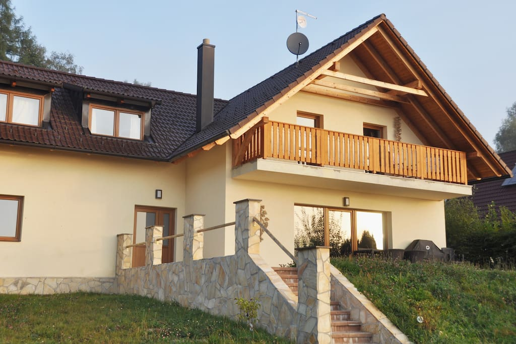 ein modernes haus am lipno see houses for rent in horn. Black Bedroom Furniture Sets. Home Design Ideas