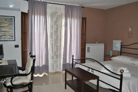 B&B Corbezzolo.com, Camera Ginestra - Vallo della Lucania - Bed & Breakfast