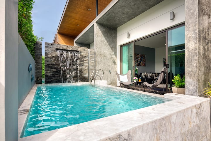 Modern 2 Bedroom Villa with Swimming Pool@Chalong