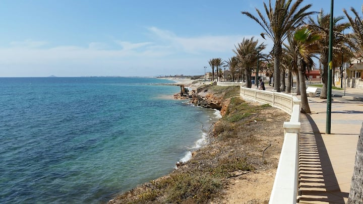 Apartment 100 m to the beach