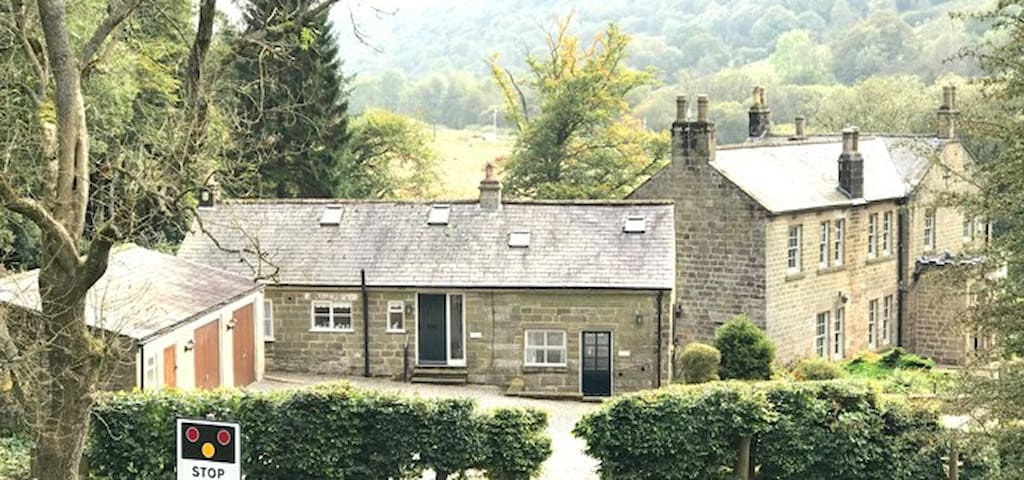 Grove House Levisham...Skelton Cottage