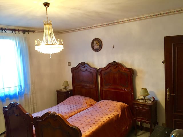 Accogliente tranquillo e comodo - Stazzano - Appartement