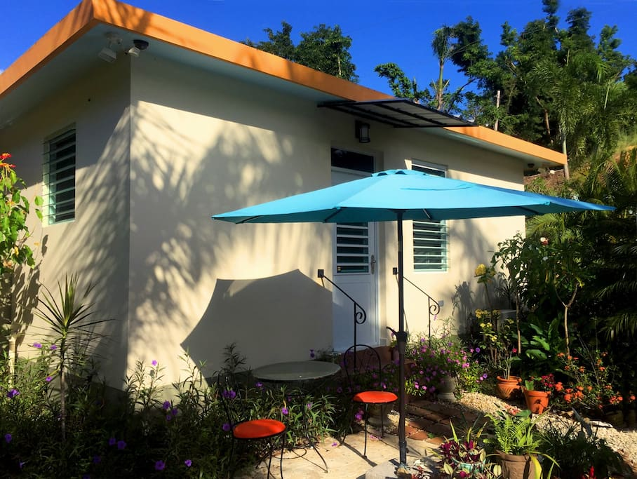Patio area outside Casa La Joya guestroom. Your complimentary light breakfast will be waiting outside your door every morning.