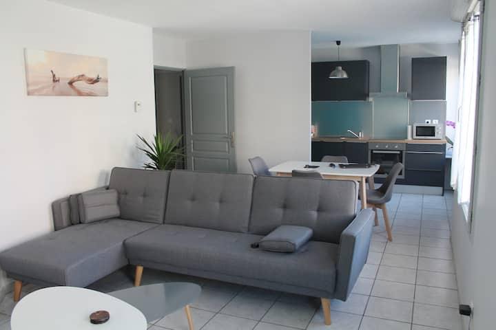 T2 (50m2)agréable dans résidence calme avec garage