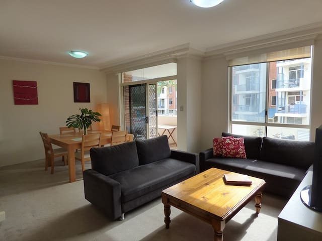 BUCHN - 2BR in Balmain With Pool & Gym Facilities