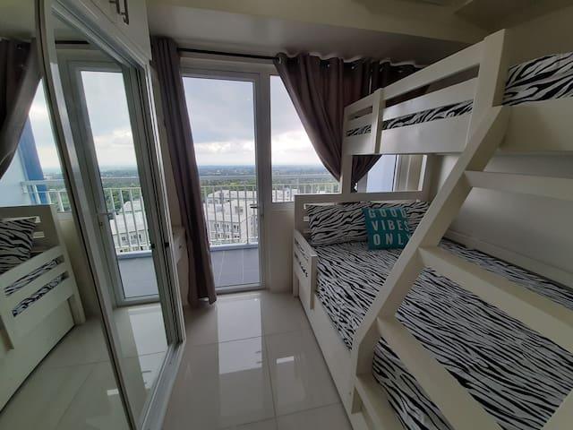 1 Bedroom Condo at Wind Residences near Skyranch