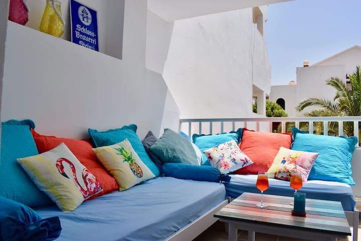 T211. Apartment in Costa Teguise.